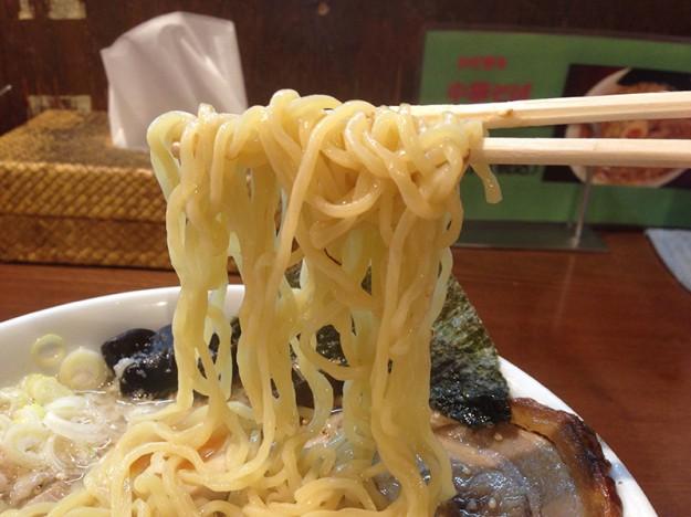 ごとく勝田台店の麺