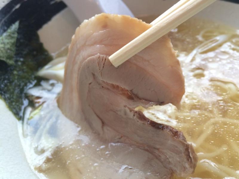 肉の旨みが凝縮された鶏チャーシュー