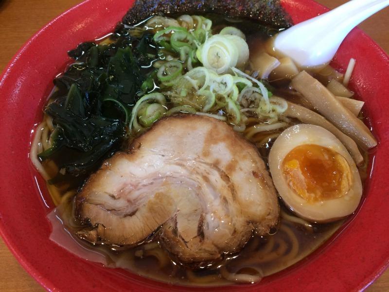 着丼済みの正油ワンタン麺