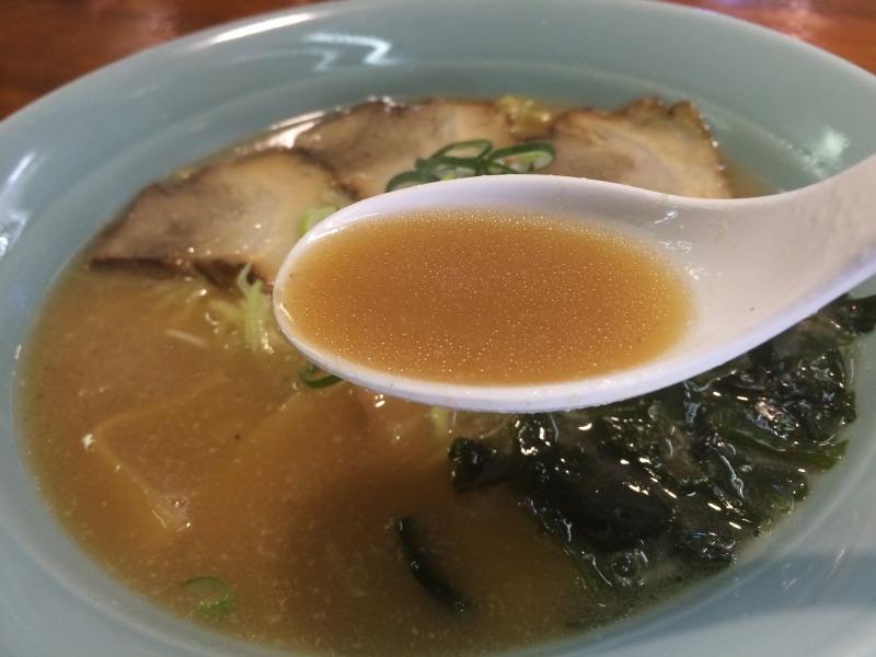 とんこつ風のスープです