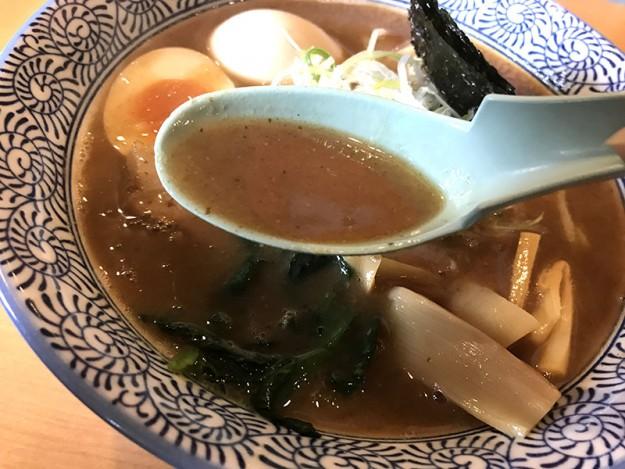 いかにも濃厚そうなスープ