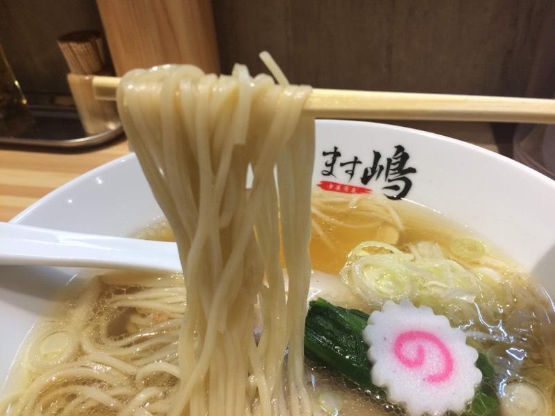 細麺!この麺は生きている!箸が止まらない!