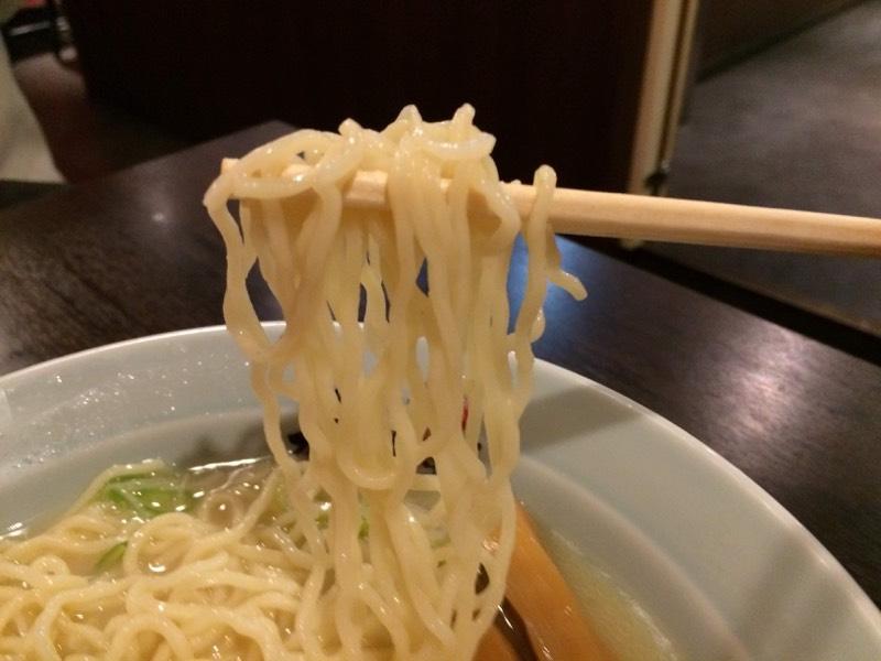 低加水中細ちぢれ麺!スープに合う!